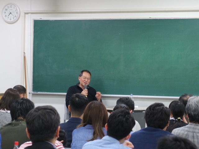Special Lecture 特別講義 白川昌生「記憶と美術館──彫刻とモニュメントをめぐって」