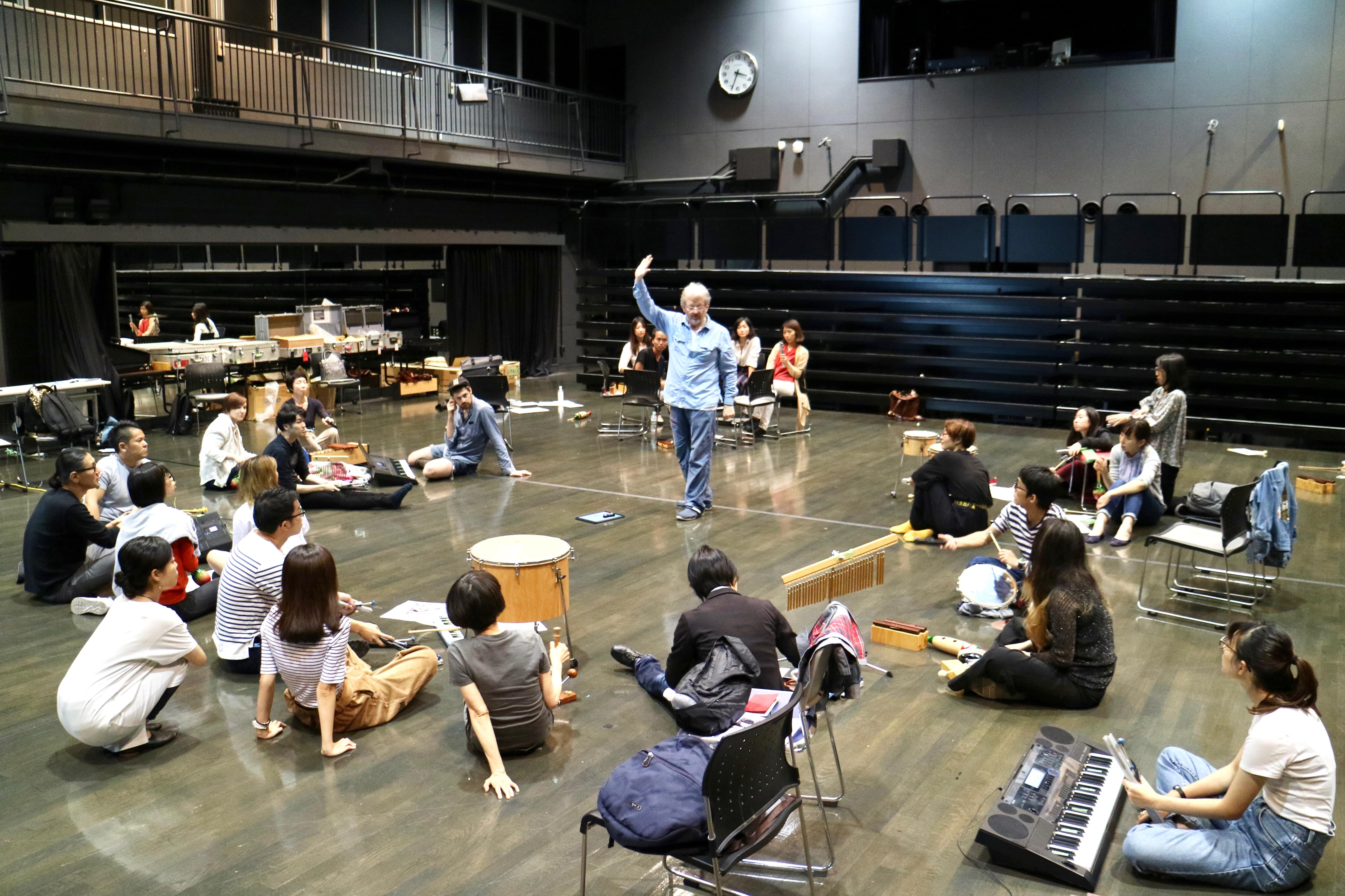 Special Lecture Report|グローバル時代の芸術文化概論 マイケル・スペンサー「Sound Thinking」 Part1